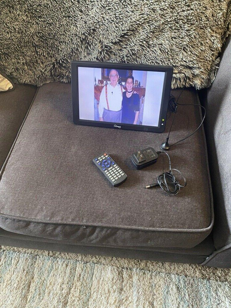 Supersonic 12 inch 1280p Portable LED TV